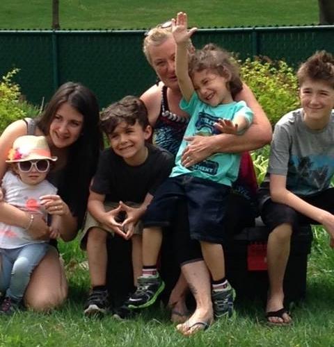 Lucie et ses petits-enfants